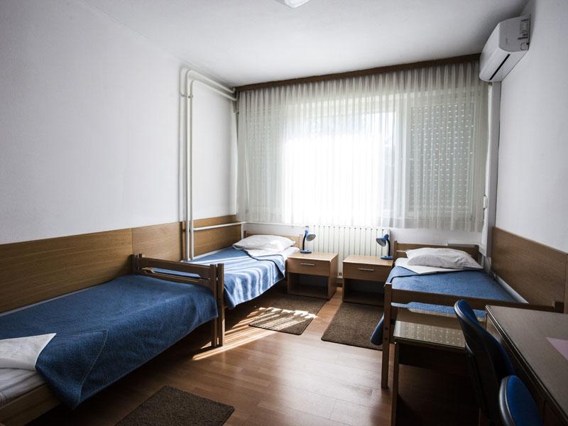 Trokrevetne sobe